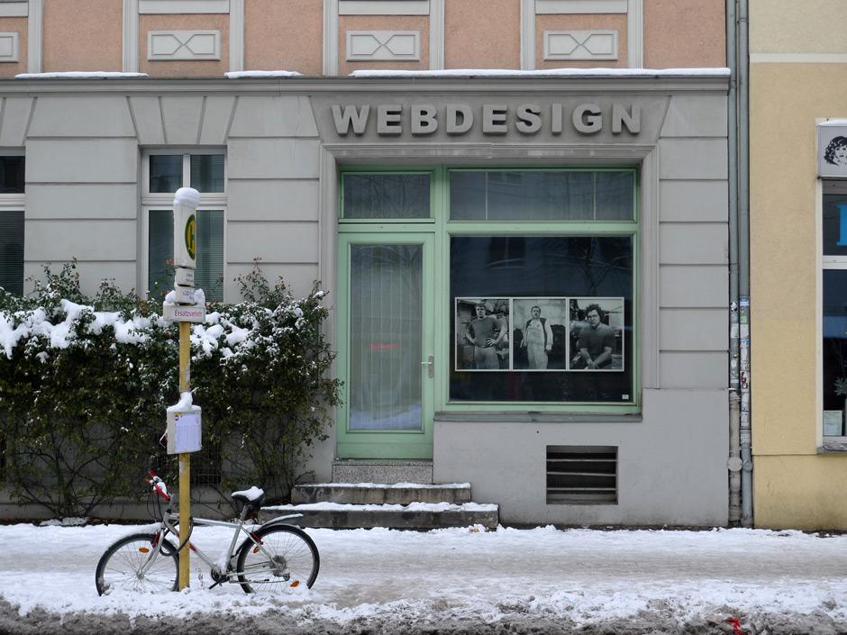 Das FENSTER61 im Dezember 2010 mit Fotografien von Annett Kuhlmann